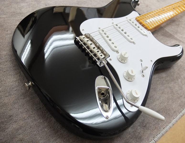 10年近く前のギターとは思えない綺麗な状態。