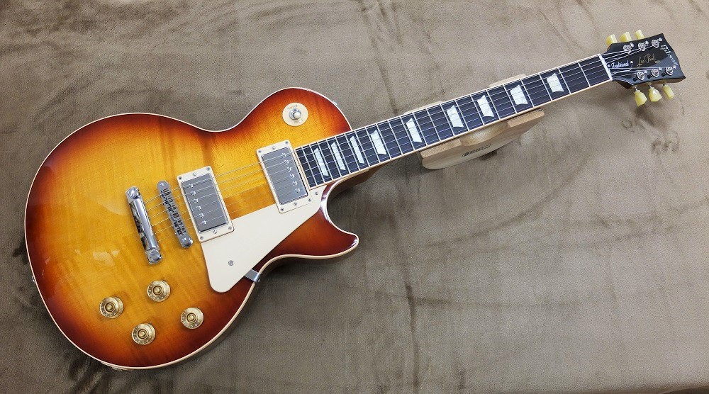 2013年バージョンのLes Paul Traditional