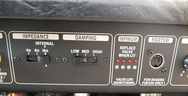 外部スピーカ使用の際のインピーダンス切り替えスイッチと、Power Dampingスイッチ