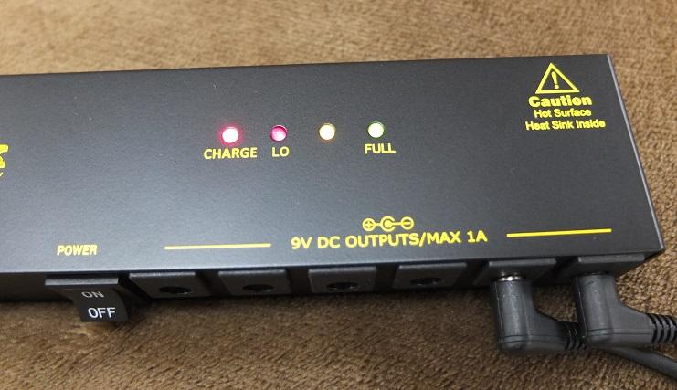 電池残量が3つの LEDで一目瞭然.