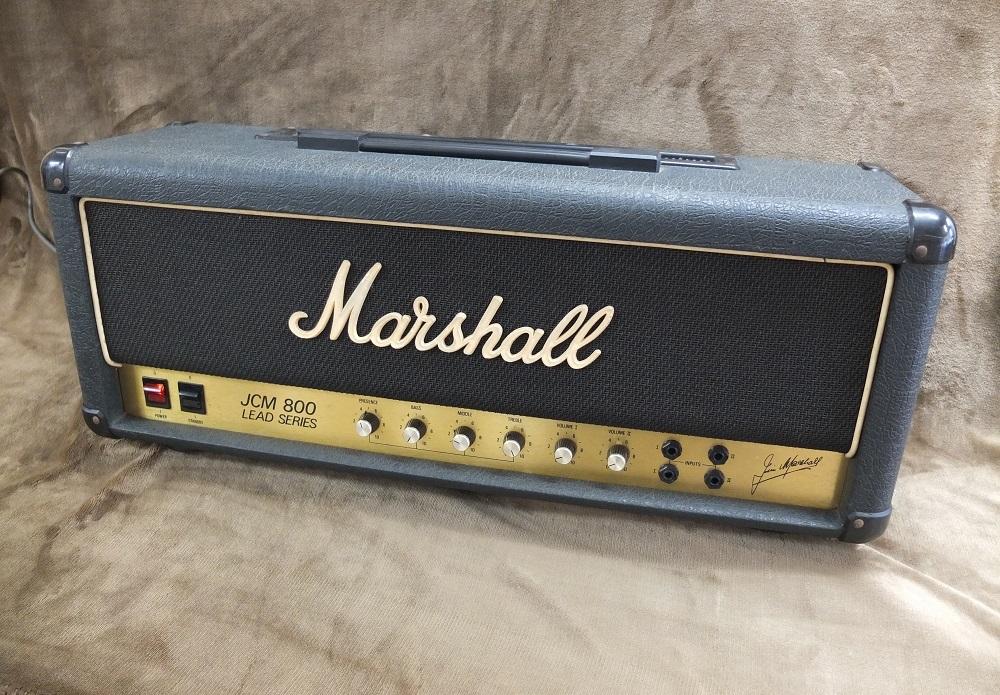 マスターボリュームを廃したシンプルな仕様のJCM800 1959ヘッド、パワー管は新品!